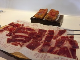 Iberian ham with Tomato on Bread.